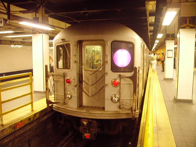 (163k, 640x480)<br><b>Country:</b> United States<br><b>City:</b> New York<br><b>System:</b> New York City Transit<br><b>Line:</b> IRT Flushing Line<br><b>Location:</b> Main Street/Flushing <br><b>Route:</b> 7<br><b>Car:</b> R-62A (Bombardier, 1984-1987)   <br><b>Photo by:</b> John Czarnecky<br><b>Date:</b> 7/2006<br><b>Viewed (this week/total):</b> 1 / 3313