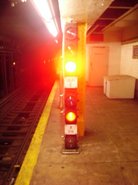 (167k, 480x640)<br><b>Country:</b> United States<br><b>City:</b> New York<br><b>System:</b> New York City Transit<br><b>Line:</b> IRT Flushing Line<br><b>Location:</b> Vernon-Jackson Avenues <br><b>Photo by:</b> John Czarnecky<br><b>Date:</b> 7/2006<br><b>Viewed (this week/total):</b> 0 / 3021