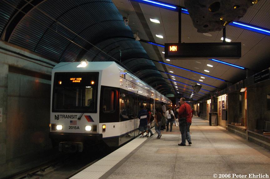 (203k, 864x574)<br><b>Country:</b> United States<br><b>City:</b> Union City, NJ<br><b>System:</b> Hudson Bergen Light Rail<br><b>Location:</b> Bergenline Avenue <br><b>Car:</b> NJT-HBLR LRV (Kinki-Sharyo, 1998-99)  2015+2020 <br><b>Photo by:</b> Peter Ehrlich<br><b>Date:</b> 9/28/2006<br><b>Viewed (this week/total):</b> 0 / 1922