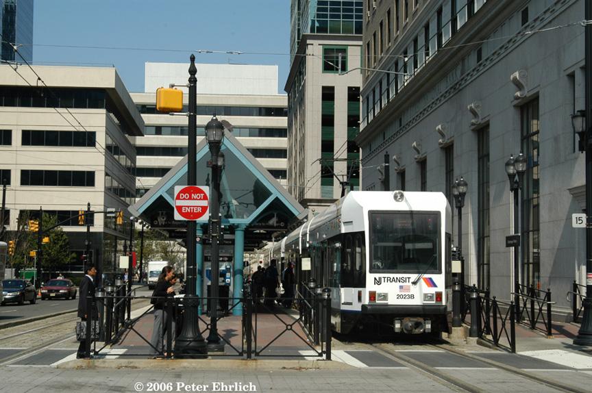 (221k, 864x574)<br><b>Country:</b> United States<br><b>City:</b> Jersey City, NJ<br><b>System:</b> Hudson Bergen Light Rail<br><b>Location:</b> Exchange Place <br><b>Car:</b> NJT-HBLR LRV (Kinki-Sharyo, 1998-99)  2023 <br><b>Photo by:</b> Peter Ehrlich<br><b>Date:</b> 9/28/2006<br><b>Viewed (this week/total):</b> 1 / 1417