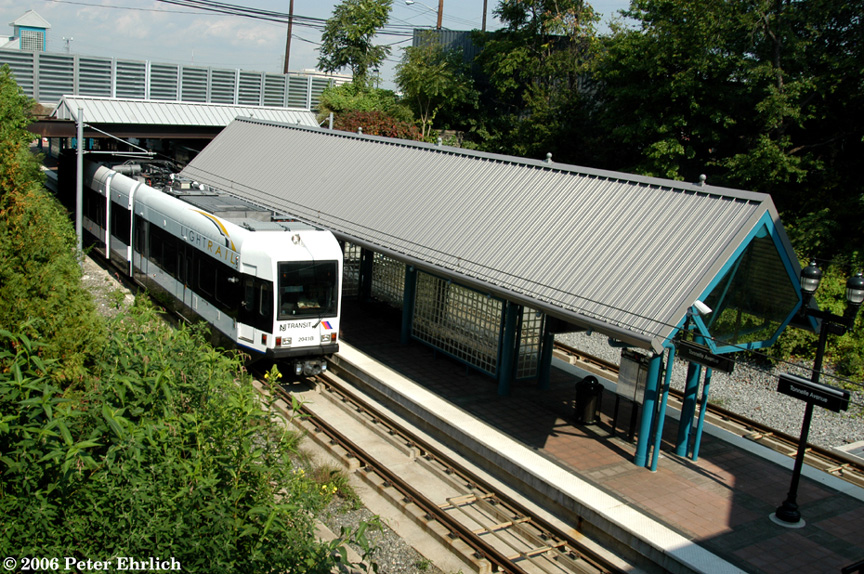 (315k, 864x574)<br><b>Country:</b> United States<br><b>City:</b> North Bergen, NJ<br><b>System:</b> Hudson Bergen Light Rail<br><b>Location:</b> Tonnelle Avenue <br><b>Car:</b> NJT-HBLR LRV (Kinki-Sharyo, 1998-99)  2041 <br><b>Photo by:</b> Peter Ehrlich<br><b>Date:</b> 9/28/2006<br><b>Viewed (this week/total):</b> 0 / 1785