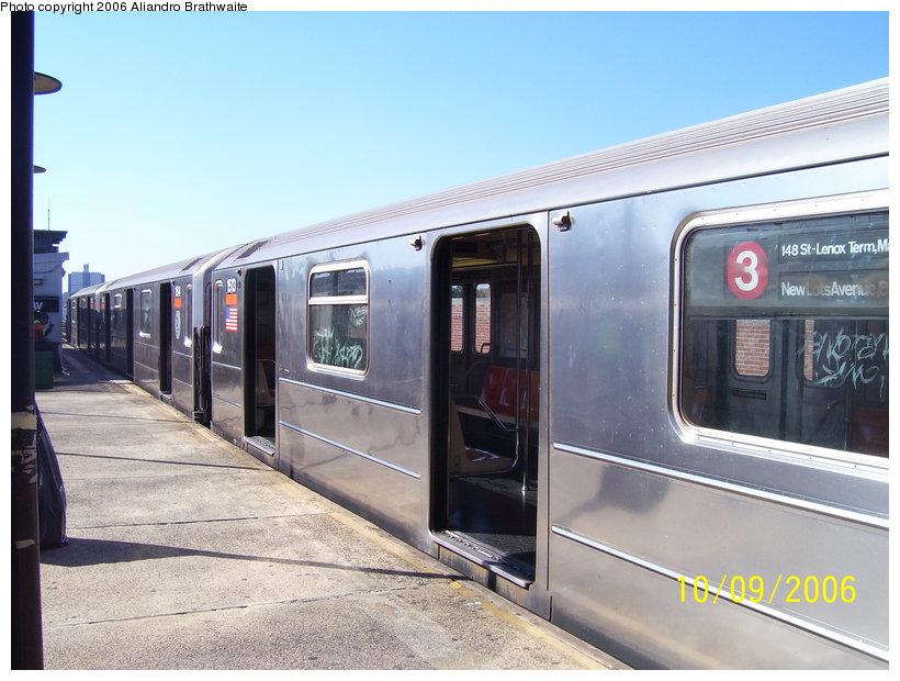 (115k, 820x620)<br><b>Country:</b> United States<br><b>City:</b> New York<br><b>System:</b> New York City Transit<br><b>Line:</b> IRT Brooklyn Line<br><b>Location:</b> New Lots Avenue <br><b>Route:</b> 3<br><b>Car:</b> R-62 (Kawasaki, 1983-1985)  1513 <br><b>Photo by:</b> Aliandro Brathwaite<br><b>Date:</b> 10/9/2006<br><b>Viewed (this week/total):</b> 4 / 5054