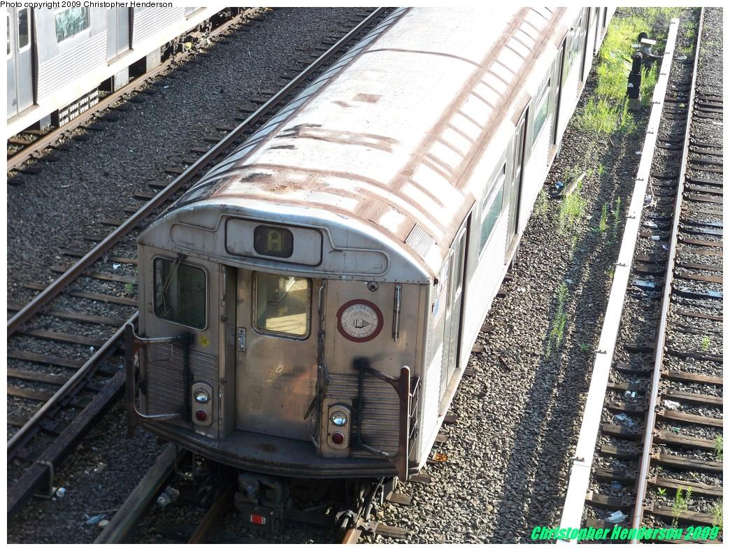(323k, 1044x788)<br><b>Country:</b> United States<br><b>City:</b> New York<br><b>System:</b> New York City Transit<br><b>Location:</b> Concourse Yard<br><b>Car:</b> R-38 (St. Louis, 1966-1967)  4142 <br><b>Photo by:</b> Christopher Henderson<br><b>Date:</b> 8/3/2009<br><b>Viewed (this week/total):</b> 1 / 986