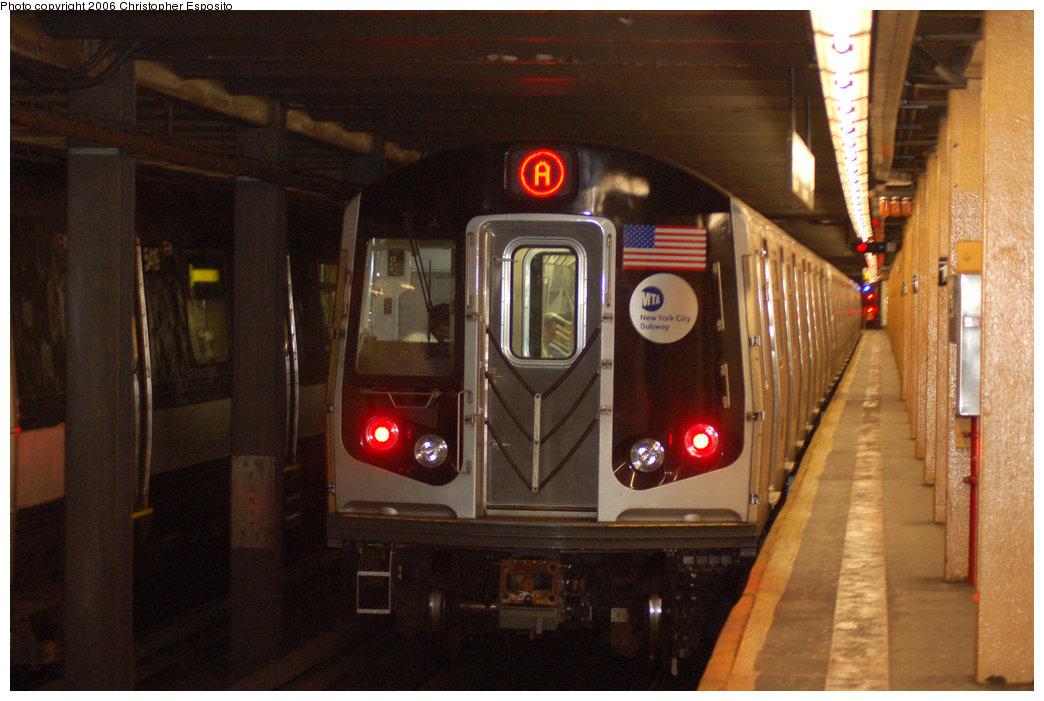 (180k, 1044x701)<br><b>Country:</b> United States<br><b>City:</b> New York<br><b>System:</b> New York City Transit<br><b>Line:</b> IND Concourse Line<br><b>Location:</b> 145th Street <br><b>Route:</b> A<br><b>Car:</b> R-160B (Kawasaki, 2005-2008)  8713 <br><b>Photo by:</b> Christopher Esposito<br><b>Date:</b> 10/5/2006<br><b>Viewed (this week/total):</b> 4 / 5299