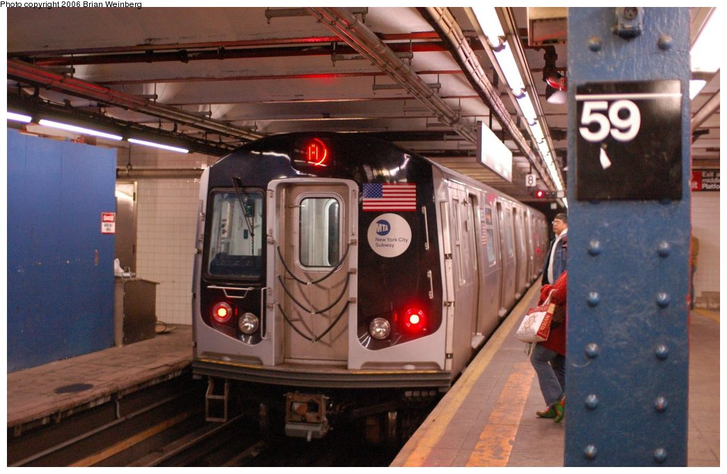 (202k, 1044x681)<br><b>Country:</b> United States<br><b>City:</b> New York<br><b>System:</b> New York City Transit<br><b>Line:</b> IND 8th Avenue Line<br><b>Location:</b> 59th Street/Columbus Circle <br><b>Route:</b> A<br><b>Car:</b> R-160A-2 (Alstom, 2005-2008, 5 car sets)  8653 <br><b>Photo by:</b> Brian Weinberg<br><b>Date:</b> 10/17/2006<br><b>Notes:</b> Second day of 30 day test.<br><b>Viewed (this week/total):</b> 1 / 6483