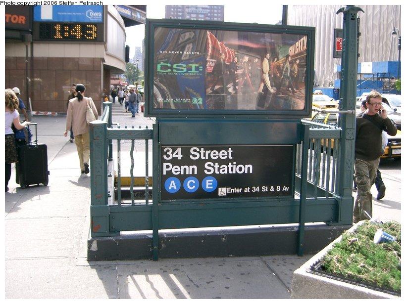 (157k, 820x615)<br><b>Country:</b> United States<br><b>City:</b> New York<br><b>System:</b> New York City Transit<br><b>Line:</b> IND 8th Avenue Line<br><b>Location:</b> 34th Street/Penn Station <br><b>Photo by:</b> Steffen Petrasch<br><b>Date:</b> 9/22/2006<br><b>Notes:</b> Station entrance.<br><b>Viewed (this week/total):</b> 0 / 3039