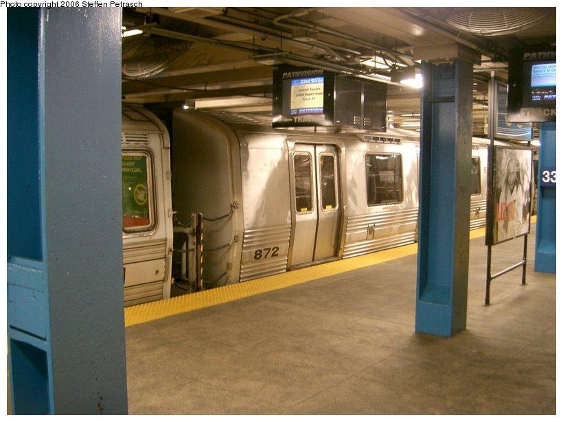 (130k, 820x615)<br><b>Country:</b> United States<br><b>City:</b> New York<br><b>System:</b> PATH<br><b>Location:</b> 33rd Street <br><b>Car:</b> PATH PA-5 (Kawasaki, 2009-2011) 872 <br><b>Photo by:</b> Steffen Petrasch<br><b>Date:</b> 9/27/2006<br><b>Viewed (this week/total):</b> 2 / 2904