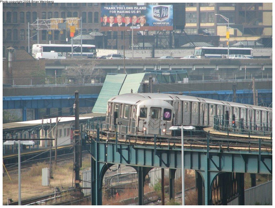 (198k, 1044x788)<br><b>Country:</b> United States<br><b>City:</b> New York<br><b>System:</b> New York City Transit<br><b>Line:</b> IRT Flushing Line<br><b>Location:</b> Court House Square/45th Road <br><b>Route:</b> 7<br><b>Car:</b> R-62A (Bombardier, 1984-1987)  2075 <br><b>Photo by:</b> Brian Weinberg<br><b>Date:</b> 10/18/2006<br><b>Viewed (this week/total):</b> 0 / 3737