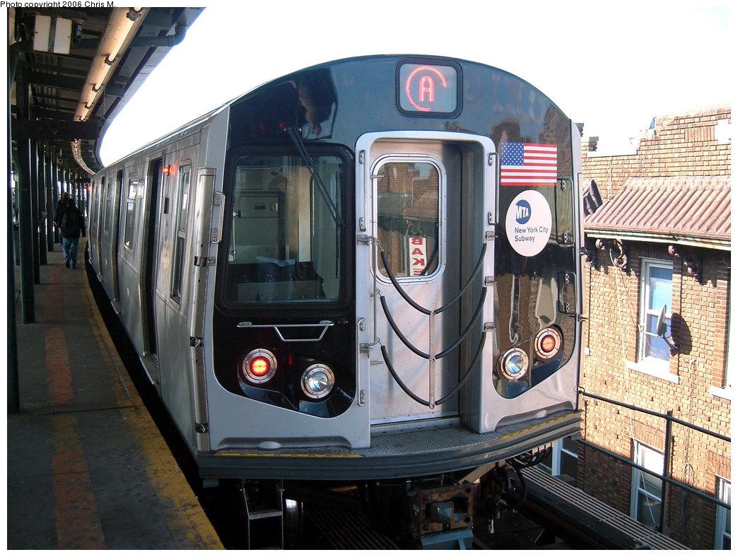 (244k, 1044x788)<br><b>Country:</b> United States<br><b>City:</b> New York<br><b>System:</b> New York City Transit<br><b>Line:</b> IND Fulton Street Line<br><b>Location:</b> Lefferts Boulevard<br><b>Route:</b> A<br><b>Car:</b> R-160A-2 (Alstom, 2005-2008, 5 car sets) 8662 <br><b>Photo by:</b> Chris M.<br><b>Date:</b> 10/21/2006<br><b>Viewed (this week/total):</b> 4 / 4857