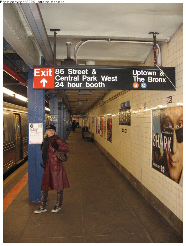 (131k, 620x820)<br><b>Country:</b> United States<br><b>City:</b> New York<br><b>System:</b> New York City Transit<br><b>Line:</b> IND 8th Avenue Line<br><b>Location:</b> 86th Street <br><b>Photo by:</b> Lorraine Maruska<br><b>Date:</b> 10/15/2006<br><b>Viewed (this week/total):</b> 1 / 4387