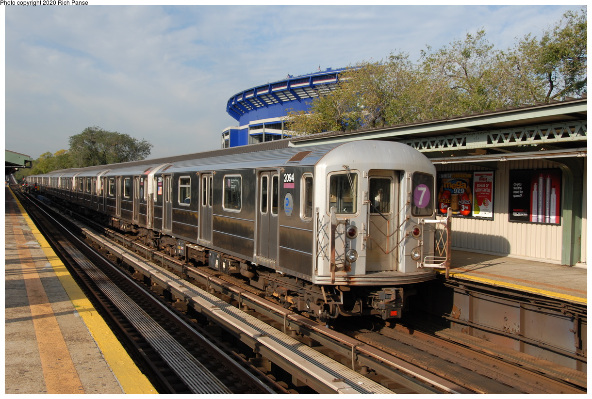 (254k, 1044x705)<br><b>Country:</b> United States<br><b>City:</b> New York<br><b>System:</b> New York City Transit<br><b>Line:</b> IRT Flushing Line<br><b>Location:</b> Willets Point/Mets (fmr. Shea Stadium) <br><b>Route:</b> 7<br><b>Car:</b> R-62A (Bombardier, 1984-1987)  2094 <br><b>Photo by:</b> Richard Panse<br><b>Date:</b> 10/22/2006<br><b>Viewed (this week/total):</b> 0 / 3188