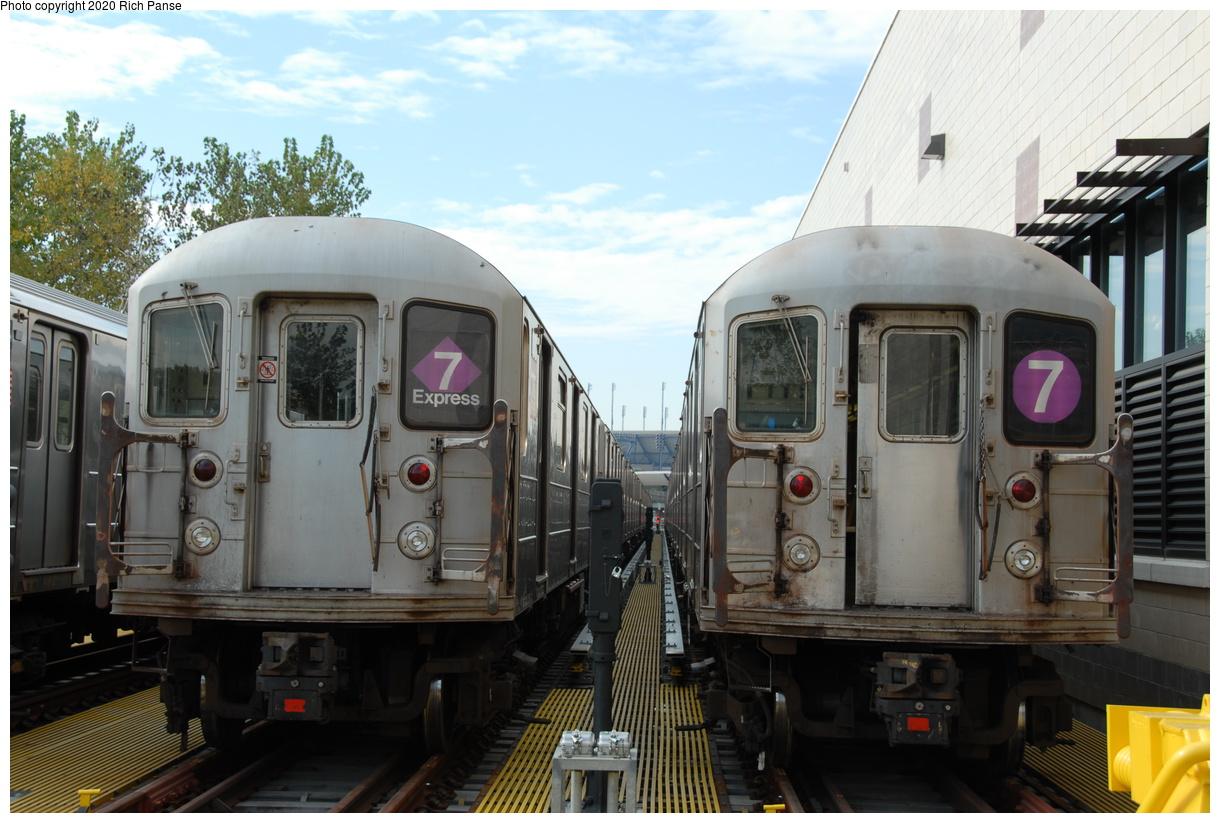 (191k, 1044x705)<br><b>Country:</b> United States<br><b>City:</b> New York<br><b>System:</b> New York City Transit<br><b>Location:</b> Corona Yard<br><b>Car:</b> R-62A (Bombardier, 1984-1987)   <br><b>Photo by:</b> Richard Panse<br><b>Date:</b> 10/22/2006<br><b>Viewed (this week/total):</b> 0 / 2412