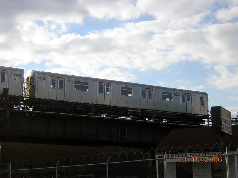 (71k, 800x600)<br><b>Country:</b> United States<br><b>City:</b> New York<br><b>System:</b> New York City Transit<br><b>Line:</b> BMT Canarsie Line<br><b>Location:</b> Broadway Junction <br><b>Route:</b> J<br><b>Car:</b> R-143 (Kawasaki, 2001-2002) 8149 <br><b>Photo by:</b> Robert Mencher<br><b>Date:</b> 10/15/2006<br><b>Viewed (this week/total):</b> 0 / 2627