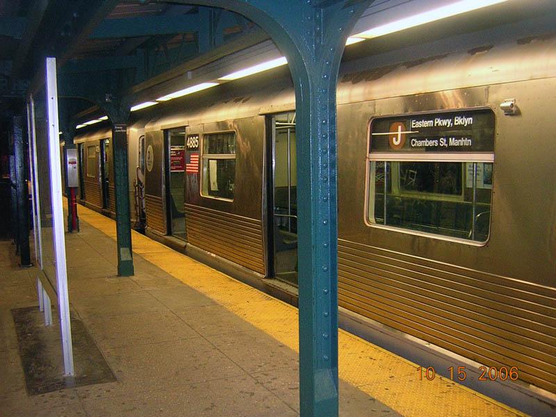 (121k, 800x600)<br><b>Country:</b> United States<br><b>City:</b> New York<br><b>System:</b> New York City Transit<br><b>Line:</b> BMT Nassau Street/Jamaica Line<br><b>Location:</b> Broadway/East New York (Broadway Junction) <br><b>Route:</b> J<br><b>Car:</b> R-42 (St. Louis, 1969-1970)  4885 <br><b>Photo by:</b> Robert Mencher<br><b>Date:</b> 10/15/2006<br><b>Viewed (this week/total):</b> 1 / 2367