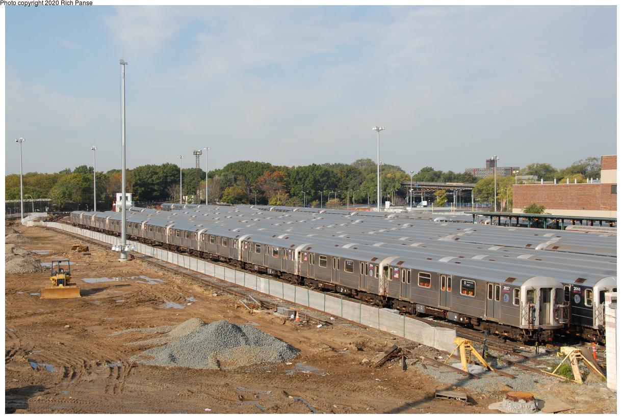 (204k, 1044x705)<br><b>Country:</b> United States<br><b>City:</b> New York<br><b>System:</b> New York City Transit<br><b>Location:</b> Corona Yard<br><b>Car:</b> R-62A (Bombardier, 1984-1987)  2037/2154/etc <br><b>Photo by:</b> Richard Panse<br><b>Date:</b> 10/22/2006<br><b>Viewed (this week/total):</b> 1 / 2845