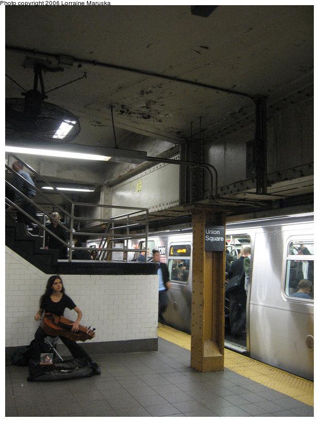 (132k, 620x820)<br><b>Country:</b> United States<br><b>City:</b> New York<br><b>System:</b> New York City Transit<br><b>Line:</b> BMT Canarsie Line<br><b>Location:</b> Union Square <br><b>Photo by:</b> Lorraine Maruska<br><b>Date:</b> 10/23/2006<br><b>Viewed (this week/total):</b> 0 / 2430
