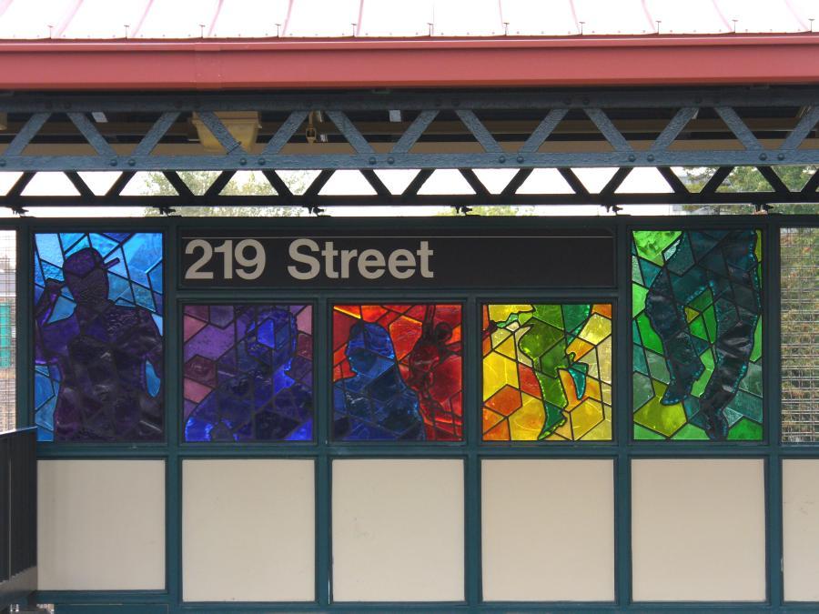 (110k, 900x675)<br><b>Country:</b> United States<br><b>City:</b> New York<br><b>System:</b> New York City Transit<br><b>Line:</b> IRT White Plains Road Line<br><b>Location:</b> 219th Street <br><b>Photo by:</b> Robbie Rosenfeld<br><b>Date:</b> 10/27/2006<br><b>Artwork:</b> <i>Homage</i>, Joseph D'Alesandro (2006).<br><b>Viewed (this week/total):</b> 5 / 2324