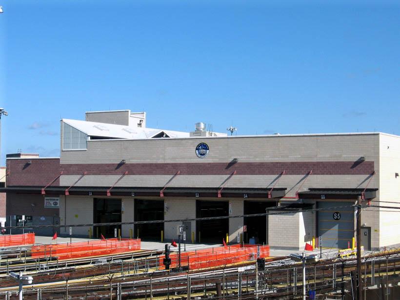 (101k, 820x615)<br><b>Country:</b> United States<br><b>City:</b> New York<br><b>System:</b> New York City Transit<br><b>Location:</b> Corona Shops<br><b>Photo by:</b> Gary Chatterton<br><b>Date:</b> 10/21/2006<br><b>Notes:</b> New Corona shop facility.<br><b>Viewed (this week/total):</b> 0 / 1649