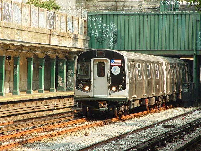(125k, 771x579)<br><b>Country:</b> United States<br><b>City:</b> New York<br><b>System:</b> New York City Transit<br><b>Line:</b> BMT Sea Beach Line<br><b>Location:</b> Bay Parkway (22nd Avenue) <br><b>Car:</b> R-160A/R-160B Series (Number Unknown)  <br><b>Photo by:</b> Phillip Lee<br><b>Date:</b> 7/18/2006<br><b>Viewed (this week/total):</b> 1 / 2729
