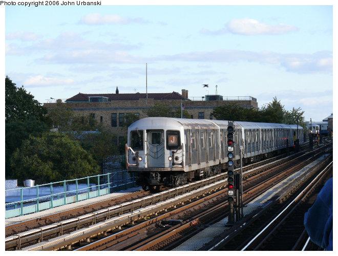 (110k, 660x500)<br><b>Country:</b> United States<br><b>City:</b> New York<br><b>System:</b> New York City Transit<br><b>Line:</b> BMT Nassau Street/Jamaica Line<br><b>Location:</b> Broadway/East New York (Broadway Junction) <br><b>Route:</b> J<br><b>Car:</b> R-42 (St. Louis, 1969-1970)   <br><b>Photo by:</b> John Urbanski<br><b>Date:</b> 10/26/2006<br><b>Viewed (this week/total):</b> 0 / 2452
