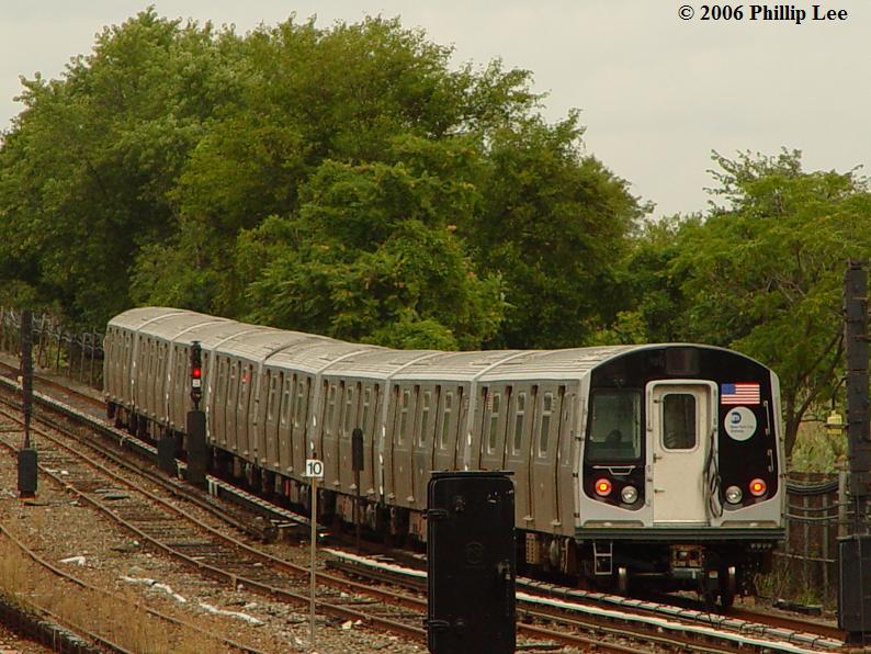 (100k, 794x596)<br><b>Country:</b> United States<br><b>City:</b> New York<br><b>System:</b> New York City Transit<br><b>Line:</b> IND Rockaway<br><b>Location:</b> Howard Beach <br><b>Route:</b> A<br><b>Car:</b> R-160A/R-160B Series (Number Unknown)  <br><b>Photo by:</b> Phillip Lee<br><b>Date:</b> 9/13/2006<br><b>Viewed (this week/total):</b> 4 / 5054