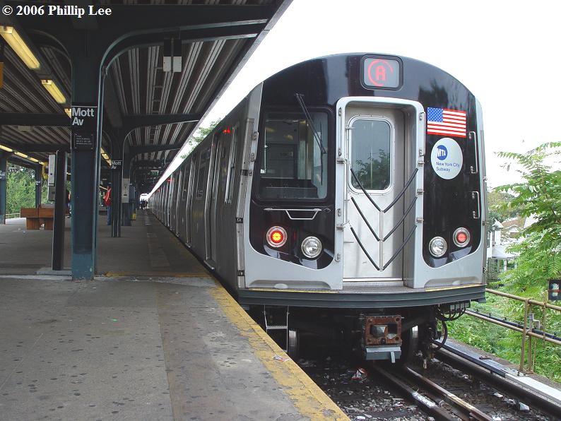 (101k, 794x596)<br><b>Country:</b> United States<br><b>City:</b> New York<br><b>System:</b> New York City Transit<br><b>Line:</b> IND Rockaway<br><b>Location:</b> Mott Avenue/Far Rockaway <br><b>Route:</b> A<br><b>Car:</b> R-160A/R-160B Series (Number Unknown)  <br><b>Photo by:</b> Phillip Lee<br><b>Date:</b> 9/13/2006<br><b>Viewed (this week/total):</b> 1 / 3351