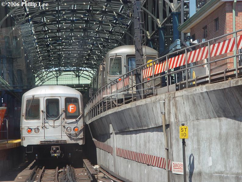 (119k, 794x596)<br><b>Country:</b> United States<br><b>City:</b> New York<br><b>System:</b> New York City Transit<br><b>Location:</b> Coney Island/Stillwell Avenue<br><b>Route:</b> F<br><b>Car:</b> R-46 (Pullman-Standard, 1974-75)  <br><b>Photo by:</b> Phillip Lee<br><b>Date:</b> 9/11/2006<br><b>Viewed (this week/total):</b> 0 / 3821