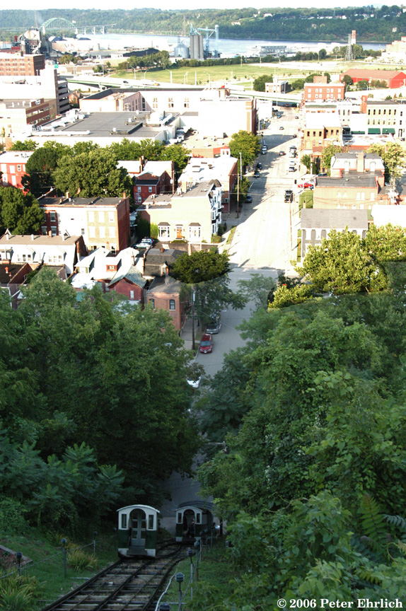 (309k, 574x864)<br><b>Country:</b> United States<br><b>City:</b> Dubuque, IA<br><b>System:</b> Fenelon Place Elevator<br><b>Photo by:</b> Peter Ehrlich<br><b>Date:</b> 8/31/2006<br><b>Notes:</b> The cars passing at the midpoint.  View of downtown Dubuque.<br><b>Viewed (this week/total):</b> 0 / 2014