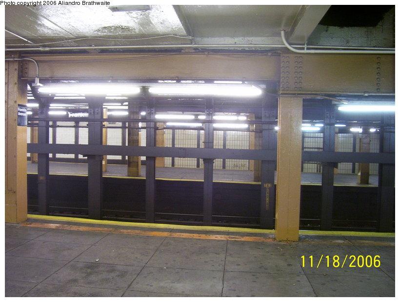 (110k, 820x620)<br><b>Country:</b> United States<br><b>City:</b> New York<br><b>System:</b> New York City Transit<br><b>Line:</b> IRT Brooklyn Line<br><b>Location:</b> Franklin Avenue <br><b>Photo by:</b> Aliandro Brathwaite<br><b>Date:</b> 11/18/2006<br><b>Viewed (this week/total):</b> 1 / 3127