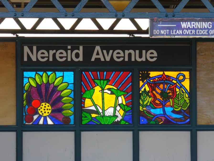 (115k, 896x675)<br><b>Country:</b> United States<br><b>City:</b> New York<br><b>System:</b> New York City Transit<br><b>Line:</b> IRT White Plains Road Line<br><b>Location:</b> 238th Street (Nereid Avenue) <br><b>Photo by:</b> Robbie Rosenfeld<br><b>Date:</b> 11/17/2006<br><b>Artwork:</b> <i>Leaf of Life</i>, Noel Copeland (2006).<br><b>Viewed (this week/total):</b> 0 / 2288