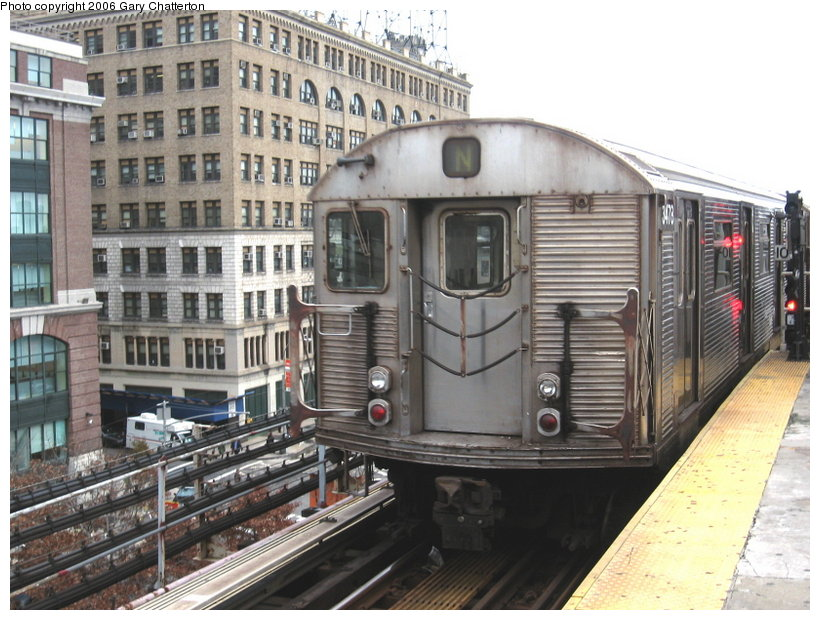 (131k, 820x620)<br><b>Country:</b> United States<br><b>City:</b> New York<br><b>System:</b> New York City Transit<br><b>Line:</b> BMT Astoria Line<br><b>Location:</b> Queensborough Plaza <br><b>Route:</b> N<br><b>Car:</b> R-32 (Budd, 1964)  3478 <br><b>Photo by:</b> Gary Chatterton<br><b>Date:</b> 11/16/2006<br><b>Viewed (this week/total):</b> 0 / 3109