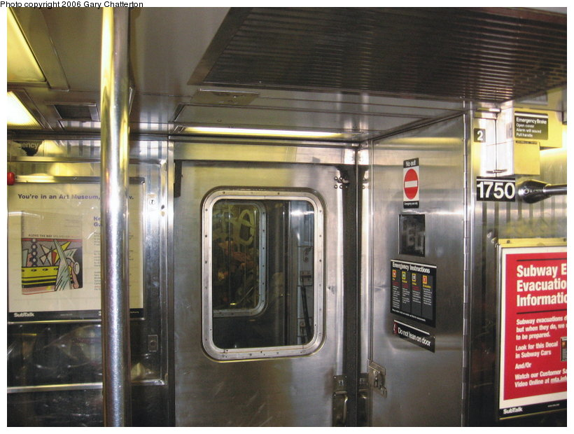 (117k, 820x620)<br><b>Country:</b> United States<br><b>City:</b> New York<br><b>System:</b> New York City Transit<br><b>Route:</b> 7<br><b>Car:</b> R-62A (Bombardier, 1984-1987)  1750 <br><b>Photo by:</b> Gary Chatterton<br><b>Date:</b> 11/18/2006<br><b>Notes:</b> Interior R62A cars showing location of closed-down full width cabs.<br><b>Viewed (this week/total):</b> 2 / 2415