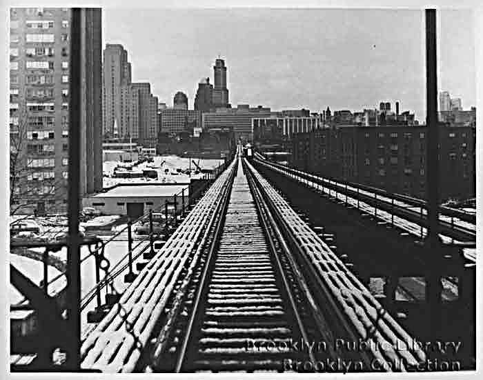 (114k, 700x551)<br><b>Country:</b> United States<br><b>City:</b> New York<br><b>System:</b> New York City Transit<br><b>Line:</b> BMT Myrtle Avenue Line<br><b>Location:</b> Navy Street <br><b>Collection of:</b> Brooklyn Public Library (via Herbert Maruska)<br><b>Date:</b> 1958<br><b>Viewed (this week/total):</b> 4 / 3000