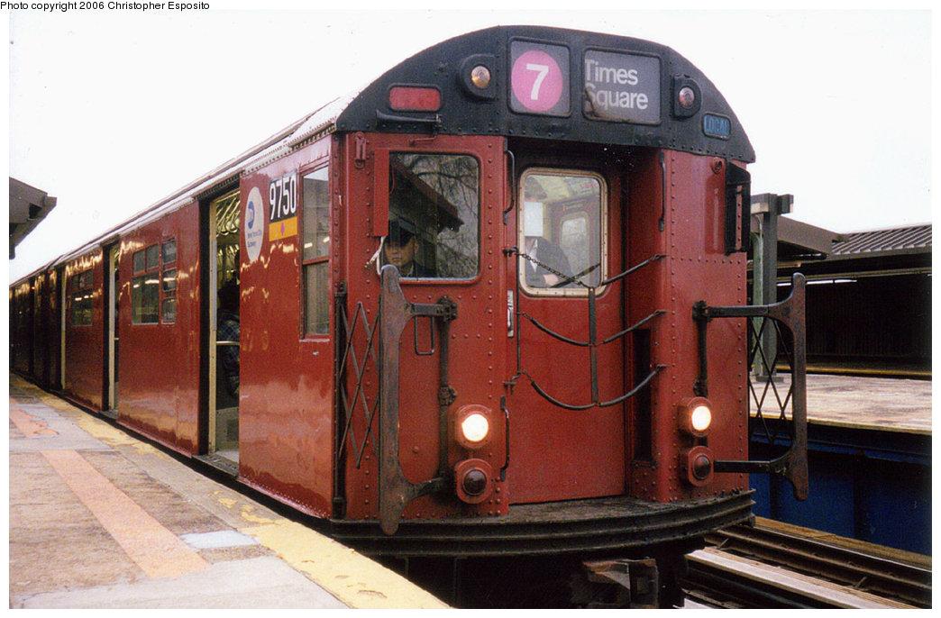 (177k, 1044x686)<br><b>Country:</b> United States<br><b>City:</b> New York<br><b>System:</b> New York City Transit<br><b>Line:</b> IRT Flushing Line<br><b>Location:</b> Willets Point/Mets (fmr. Shea Stadium) <br><b>Route:</b> 7<br><b>Car:</b> R-36 World's Fair (St. Louis, 1963-64) 9750 <br><b>Photo by:</b> Christopher Esposito<br><b>Date:</b> 2000<br><b>Viewed (this week/total):</b> 0 / 1863