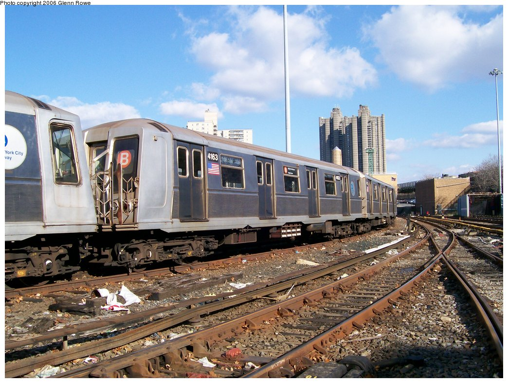 (223k, 1044x788)<br><b>Country:</b> United States<br><b>City:</b> New York<br><b>System:</b> New York City Transit<br><b>Location:</b> Concourse Yard<br><b>Car:</b> R-40 (St. Louis, 1968)  4163 <br><b>Photo by:</b> Glenn L. Rowe<br><b>Date:</b> 12/4/2006<br><b>Viewed (this week/total):</b> 3 / 3269