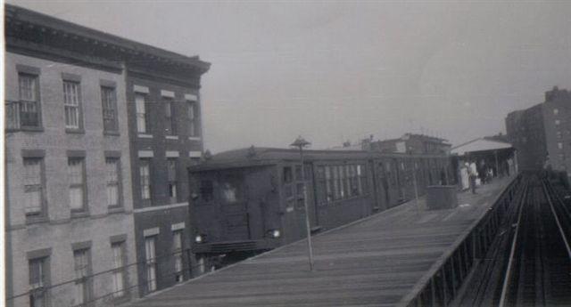 (24k, 640x345)<br><b>Country:</b> United States<br><b>City:</b> New York<br><b>System:</b> New York City Transit<br><b>Line:</b> BMT Myrtle Avenue Line<br><b>Location:</b> Vanderbilt Avenue <br><b>Car:</b> BMT Q  <br><b>Collection of:</b> Vic Gordon<br><b>Date:</b> 1969<br><b>Viewed (this week/total):</b> 2 / 4574