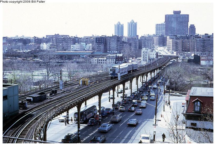 (184k, 820x553)<br><b>Country:</b> United States<br><b>City:</b> New York<br><b>System:</b> New York City Transit<br><b>Line:</b> 3rd Avenue El<br><b>Location:</b> Gun Hill Road <br><b>Photo by:</b> Kenneth Palter<br><b>Collection of:</b> Bill Palter<br><b>Date:</b> 4/1973<br><b>Notes:</b> View of 3rd Ave. el from upper level.<br><b>Viewed (this week/total):</b> 1 / 3036