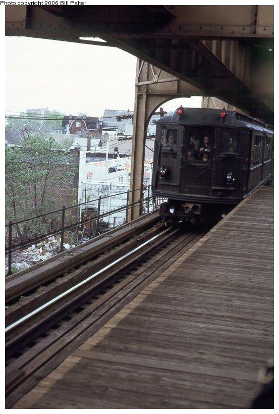 (95k, 553x820)<br><b>Country:</b> United States<br><b>City:</b> New York<br><b>System:</b> New York City Transit<br><b>Line:</b> 3rd Avenue El<br><b>Location:</b> Gun Hill Road <br><b>Car:</b> Low-V (Museum Train) 5290 <br><b>Photo by:</b> Kenneth Palter<br><b>Collection of:</b> Bill Palter<br><b>Date:</b> 5/1973<br><b>Notes:</b> Gun Hill Road lower level.<br><b>Viewed (this week/total):</b> 2 / 1783