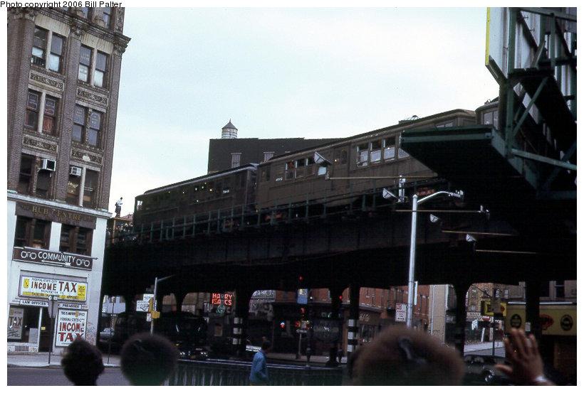 (106k, 820x553)<br><b>Country:</b> United States<br><b>City:</b> New York<br><b>System:</b> New York City Transit<br><b>Line:</b> 3rd Avenue El<br><b>Location:</b> 149th Street <br><b>Car:</b> Low-V 4902 <br><b>Photo by:</b> Kenneth Palter<br><b>Collection of:</b> Bill Palter<br><b>Date:</b> 5/1973<br><b>Notes:</b> 149th & Willis Ave.<br><b>Viewed (this week/total):</b> 0 / 2931
