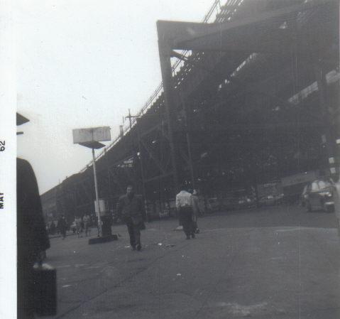 (25k, 479x449)<br><b>Country:</b> United States<br><b>City:</b> New York<br><b>System:</b> New York City Transit<br><b>Location:</b> Queensborough Plaza <br><b>Collection of:</b> Vic Gordon<br><b>Date:</b> 1964<br><b>Viewed (this week/total):</b> 1 / 2301