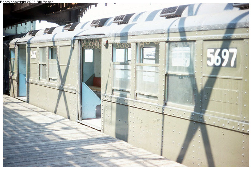 (120k, 820x553)<br><b>Country:</b> United States<br><b>City:</b> New York<br><b>System:</b> New York City Transit<br><b>Line:</b> 3rd Avenue El<br><b>Location:</b> Gun Hill Road <br><b>Car:</b> Low-V Worlds Fair 5697 <br><b>Photo by:</b> Kenneth Palter<br><b>Collection of:</b> Bill Palter<br><b>Date:</b> 1969<br><b>Viewed (this week/total):</b> 2 / 2655