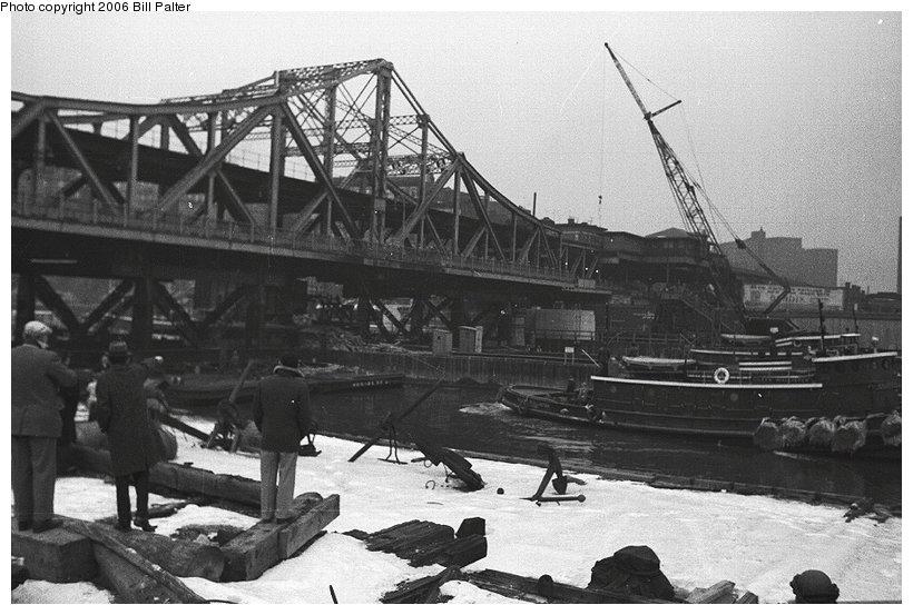 (103k, 820x553)<br><b>Country:</b> United States<br><b>City:</b> New York<br><b>System:</b> New York City Transit<br><b>Line:</b> IRT West Side Line<br><b>Location:</b> Broadway Bridge <br><b>Photo by:</b> Kenneth Palter<br><b>Collection of:</b> Bill Palter<br><b>Date:</b> 12/24/1960<br><b>Notes:</b> Broadway Bridge being replaced.<br><b>Viewed (this week/total):</b> 0 / 1019