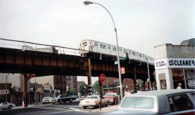 (51k, 640x376)<br><b>Country:</b> United States<br><b>City:</b> New York<br><b>System:</b> New York City Transit<br><b>Line:</b> IRT Pelham Line<br><b>Location:</b> Buhre Avenue <br><b>Route:</b> 6<br><b>Car:</b> R-17 (St. Louis, 1955-56)  <br><b>Collection of:</b> Vic Gordon<br><b>Notes:</b> 1980s<br><b>Viewed (this week/total):</b> 1 / 4309