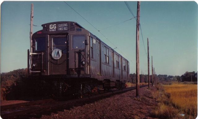 (33k, 640x384)<br><b>Country:</b> United States<br><b>City:</b> East Haven/Branford, Ct.<br><b>System:</b> Shore Line Trolley Museum <br><b>Car:</b> R-9 (American Car & Foundry, 1940)  1689 <br><b>Collection of:</b> Vic Gordon<br><b>Notes:</b> R9 1689 on the main line at Shore Line.<br><b>Viewed (this week/total):</b> 1 / 1775