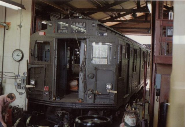 (45k, 640x438)<br><b>Country:</b> United States<br><b>City:</b> East Haven/Branford, Ct.<br><b>System:</b> Shore Line Trolley Museum <br><b>Car:</b> R-9 (American Car & Foundry, 1940)  1689 <br><b>Collection of:</b> Vic Gordon<br><b>Date:</b> 2005<br><b>Notes:</b> R9 1689 in the shop at Shore Line.<br><b>Viewed (this week/total):</b> 14 / 1400