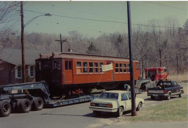 (47k, 640x438)<br><b>Country:</b> United States<br><b>City:</b> East Haven/Branford, Ct.<br><b>System:</b> Shore Line Trolley Museum <br><b>Car:</b> Low-V 5466 <br><b>Collection of:</b> Vic Gordon<br><b>Notes:</b> Arriving at Shore Line.<br><b>Viewed (this week/total):</b> 0 / 1338