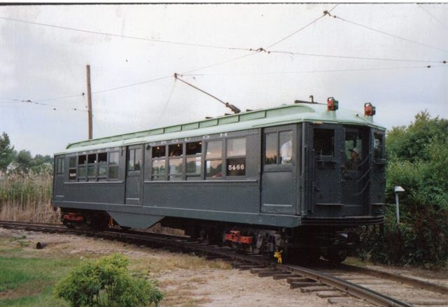 (44k, 640x439)<br><b>Country:</b> United States<br><b>City:</b> East Haven/Branford, Ct.<br><b>System:</b> Shore Line Trolley Museum <br><b>Car:</b> Low-V 5466 <br><b>Collection of:</b> Vic Gordon<br><b>Notes:</b> On loop at Shore Line.<br><b>Viewed (this week/total):</b> 0 / 1261