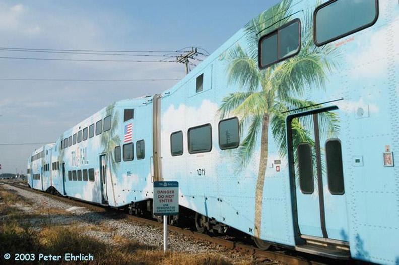 (153k, 792x526)<br><b>Country:</b> United States<br><b>City:</b> Miami, FL<br><b>System:</b> Miami Tri-Rail<br><b>Location:</b> Metrorail Transfer (Metrorail, Amtrak) <br><b>Car:</b>  1011/1006 <br><b>Photo by:</b> Peter Ehrlich<br><b>Date:</b> 4/25/2003<br><b>Viewed (this week/total):</b> 1 / 2821