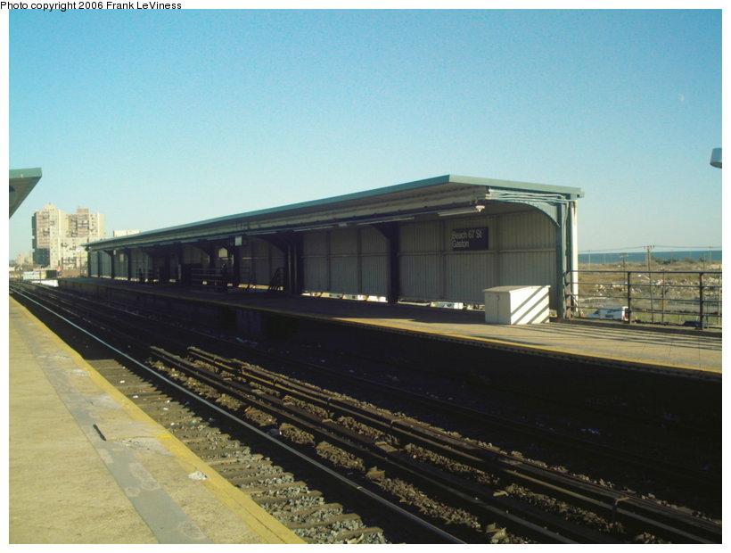 (88k, 820x620)<br><b>Country:</b> United States<br><b>City:</b> New York<br><b>System:</b> New York City Transit<br><b>Line:</b> IND Rockaway<br><b>Location:</b> Beach 67th Street/Gaston Avenue <br><b>Photo by:</b> Frank LeViness<br><b>Date:</b> 10/30/2006<br><b>Notes:</b> Detail of the diamond patterned platform.<br><b>Viewed (this week/total):</b> 0 / 1453