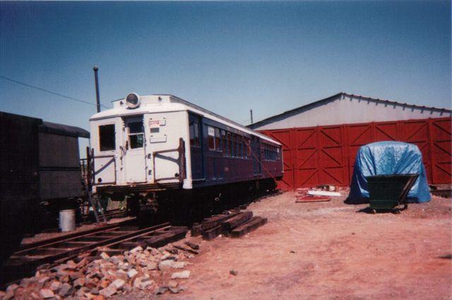 (43k, 640x426)<br><b>Country:</b> United States<br><b>City:</b> East Haven/Branford, Ct.<br><b>System:</b> Shore Line Trolley Museum <br><b>Car:</b> SIRT ME-1 (Motor) 388 <br><b>Collection of:</b> Vic Gordon<br><b>Viewed (this week/total):</b> 0 / 953